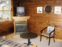 Lake Breeze Motel Resort - Lake Superior Suite
